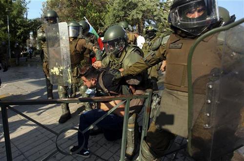 Protesti u Čileu Foto:AP Photo/Ailen Diaz