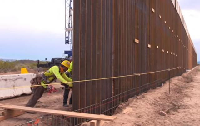 Obustavljena izgradnja zida sa Meksikom Foto: Youtube/printscreen