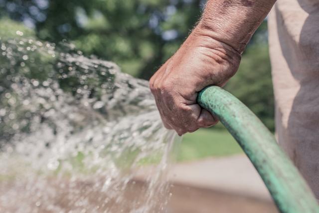 voda cesma zalivanje pix